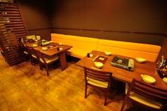テーブルを合わせて12名席も出来ます。