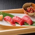 料理メニュー写真マグロ握り寿司