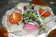 本日の一押し!茨城県天然真鯛のカルパッチョ