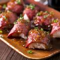 料理メニュー写真ローストビーフ寿司