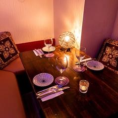 2名様用テーブル席!デートなどにおすすめの2名様用テーブル席は気軽に利用出来るお席です。当日の空席状況などは当店までお問い合わせください。