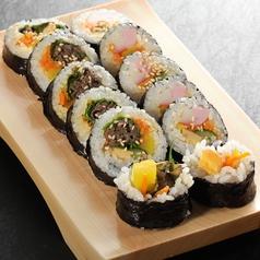 料理メニュー写真韓国のり巻き(キンパプ)