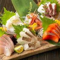 産地直送の鮮魚を使用したお刺身は日本酒との相性抜群!