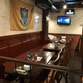 【テーブル席】店内奥、片側ベンチソファーで団体様にオススメのお席もありますよ!(12-15名様)