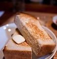 料理メニュー写真バタートースト