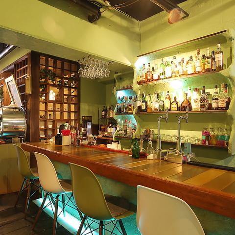 昼から夜遅くまで営業中!ランチ・カフェ・ディナー・パーティ利用歓迎!夜カフェも◎