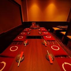 地鶏とお魚 月のなか 心斎橋本店の雰囲気1