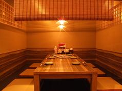 4~6名様の半個室。