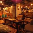 シックなソファー席♪まるで海外のカフェにいるような雰囲気を味わえます!夜カフェ バル 誕生日 サプライズ デート 貸し切り 送別会 歓迎会 新歓 女子会