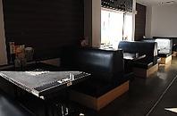 ★開放的な空間でのんびりテーブル席★