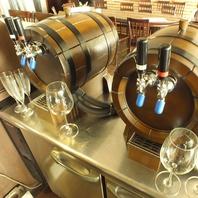 新メニューの樽ワインが登場です!!