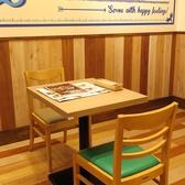 2名テーブル席は7卓のご用意がございます。