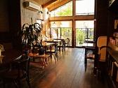 cafe AZUR アジュールの雰囲気3