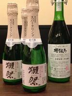 獺祭など珍しいお酒も取り揃えております