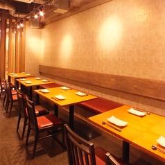 鉄板串焼Dining 串ばる 北野坂店の雰囲気1