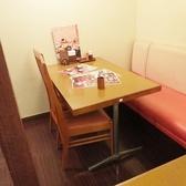 テーブル席は、足の弱い方に最適です♪