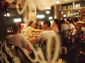 屋根裏のパリ食堂の雰囲気3