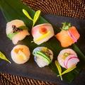 料理メニュー写真海鮮手まり寿司6貫盛り