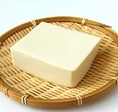 豆腐は栄養のスペシャル食材!一日3食たべてもOKです。とても栄養価の高いヘルシーな食品です。健康の面だけでなく、ダイエット効果も抜群です!