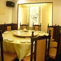 完全個室もご用意あります。中国に迷い込んでしまったかのような雰囲気をお友達や家族と楽しんで下さい☆