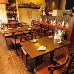 ゴリラ食堂 五橋の雰囲気1