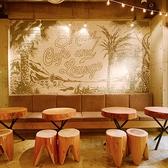 ふわふわソファー席で最大16名~20名までご宴会可能です。