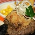 料理メニュー写真石焼牛ヒレステーキ(和風おろし味orガーリック味) 100g