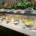 サラダコーナーです。新鮮な野菜を取り揃えております★