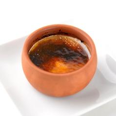 料理メニュー写真クレマカタラーナ パリッとカラメルのカスタードプリン