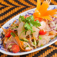 クラゲのタイ風サラダ