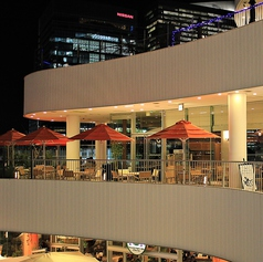 ◆ビアガーデン◆温かい時期のディナーはテラス席をビアガーデンとしてご利用頂けます♪【横浜/みなとみらい/イタリアン/ワイン/ピザ/パスタ/夜景/貸切/パーティー/誕生日/デート/個室】