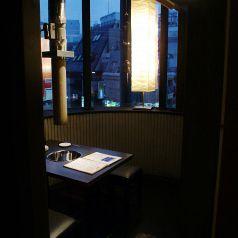 外の見える開放的な個室です。デートに★