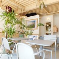 まるでカルフォルニアのような西海岸風の喫茶店!