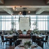 婚礼会場として、披露宴、1.5次会に最適な空間です。メニューはコースまたはビュッフェスタイルのご希望に合わせてご提案いたします。