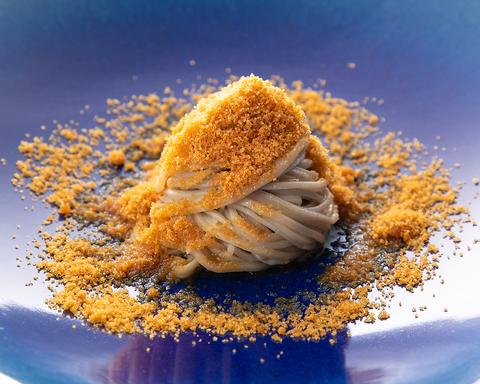 コシのある食感 豊かな風味。選び抜かれたそば粉を使用した蕎麦割烹をご堪能下さい。