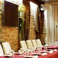お部屋のレイアウトは自由自在♪お客様のご要望に合わせてパーティープラン、様々なサービスオプションをご用意させていただきます。貸切は20名様 から最大80名様までご対応いたしております★詳細は店舗までご相談ください!!