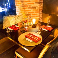 完全個室でお客様だけのお時間を。プライベート空間でじっくり飲み会を愉しみたい方にもピッタリな個室席となっております。デート、女子会にも◎