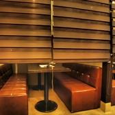 6名様用の個室はシェ-ドを下ろせます。周りを気にせずゆっくりとお過ごしください。