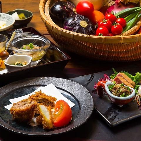厳選された季節の食材で織りなす料理と店主が厳選した銘酒で味わう、本格和食