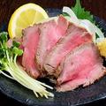 料理メニュー写真牛のタタキ
