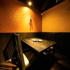 2~4名様の個室席はプライベートな飲み会におすすめ◎(系列店の画像です)