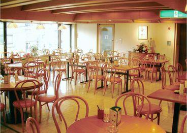 クレア 武蔵野文化会館店の雰囲気1