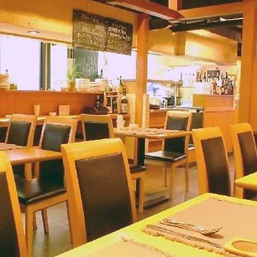 オステリア ヴィン カフェ Vin CAFFEの雰囲気1