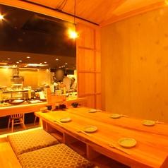 オープンキッチンでライブ感も◎!特別個室は二席!最高の空間で最高の料理を…