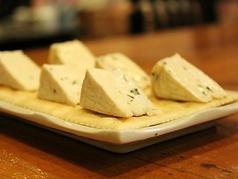 料理メニュー写真チーズクラッカー