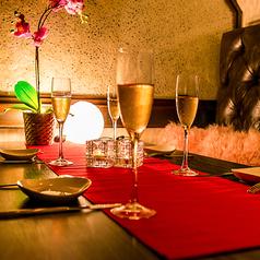 デートや誕生日・記念日などのシーンにぴったり♪新宿での女子会や合コン、宴会はM当店で♪