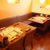 【ソファ席】落ち着いてお食事頂けるソファ席もございます!大人数のご宴会も承ります!