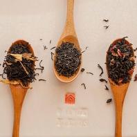 スリランカからの直送紅茶がおかわり自由