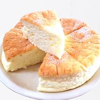 ふわふわモチモチの新食感スフレパンケーキ
