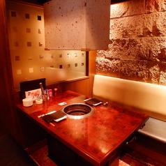 4名様までご利用いただける個室席は人気の為、早めのご予約をお願い致します。